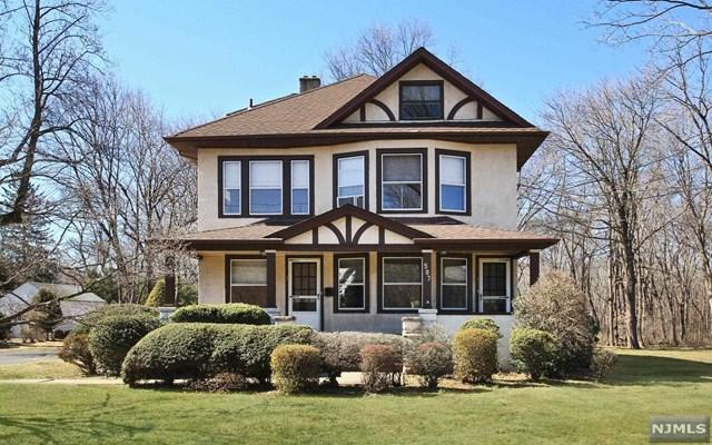 587 Wyckoff Avenue, Wyckoff, NJ 07481 (#1912162) :: Group BK