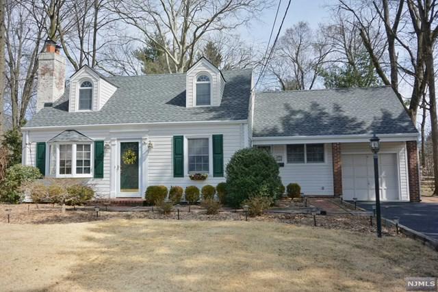 68 Highland Avenue, Hillsdale, NJ 07642 (MLS #1912190) :: Team Francesco/Christie's International Real Estate
