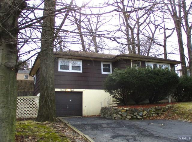 28 Mast Road, Hopatcong, NJ 07843 (#1912222) :: Berkshire Hathaway HomeServices Abbott Realtors