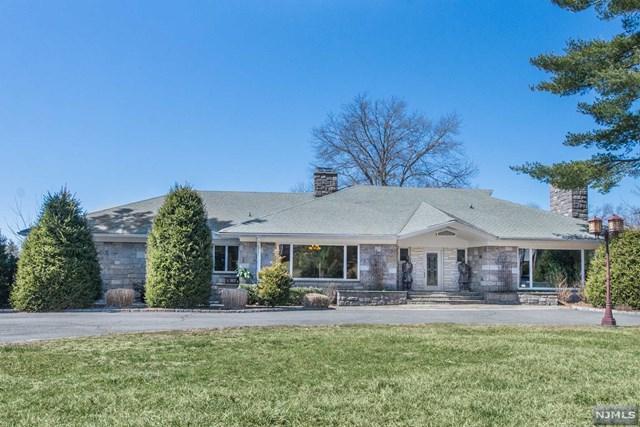 715 Totowa Road, Totowa, NJ 07512 (#1913163) :: Berkshire Hathaway HomeServices Abbott Realtors