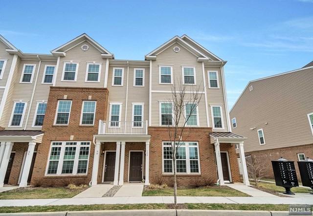 100 Wesmont Drive, Wood Ridge, NJ 07075 (#1913217) :: Berkshire Hathaway HomeServices Abbott Realtors