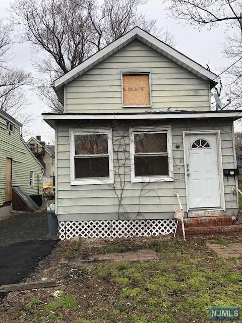 493 Madison Street, Orange, NJ 07050 (#1913324) :: Berkshire Hathaway HomeServices Abbott Realtors