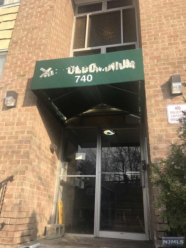 740 Vose Avenue, Orange, NJ 07050 (#1913416) :: Berkshire Hathaway HomeServices Abbott Realtors