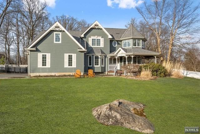 4 Princess Court, Jefferson Township, NJ 07438 (#1913644) :: Berkshire Hathaway HomeServices Abbott Realtors