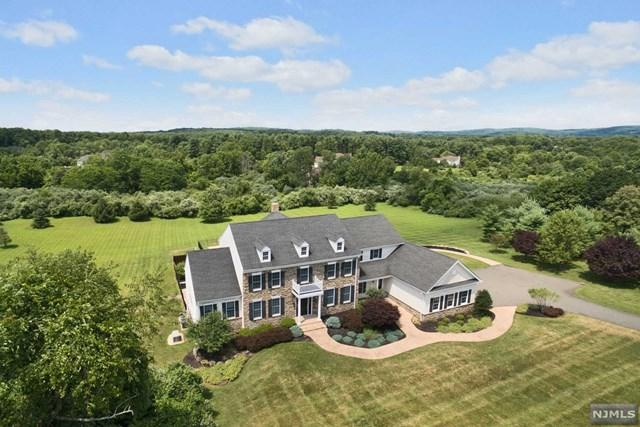 61 Perryville Road, Union Twp, NJ 08867 (MLS #1913670) :: The Sikora Group