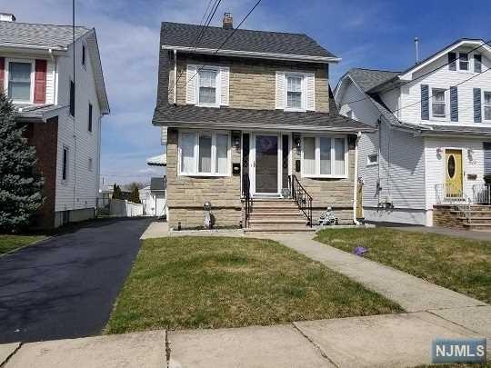 631 4th Street, Lyndhurst, NJ 07071 (#1913708) :: Berkshire Hathaway HomeServices Abbott Realtors