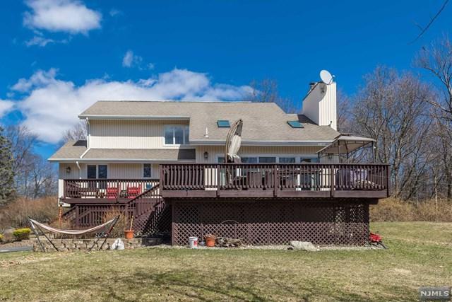 104 Lynn Drive, Byram, NJ 07821 (#1913922) :: Berkshire Hathaway HomeServices Abbott Realtors