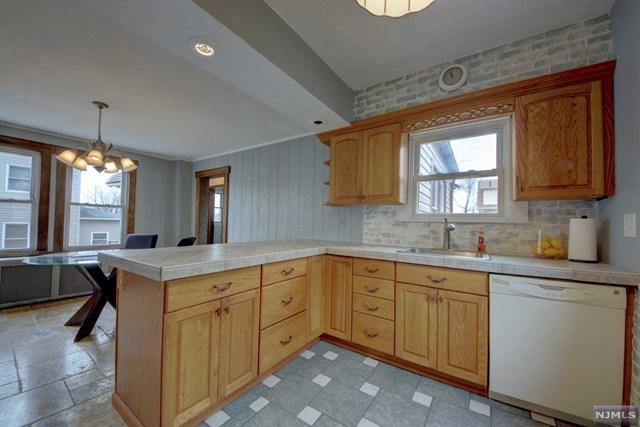 123 Catherine Avenue, Saddle Brook, NJ 07663 (#1914095) :: Berkshire Hathaway HomeServices Abbott Realtors