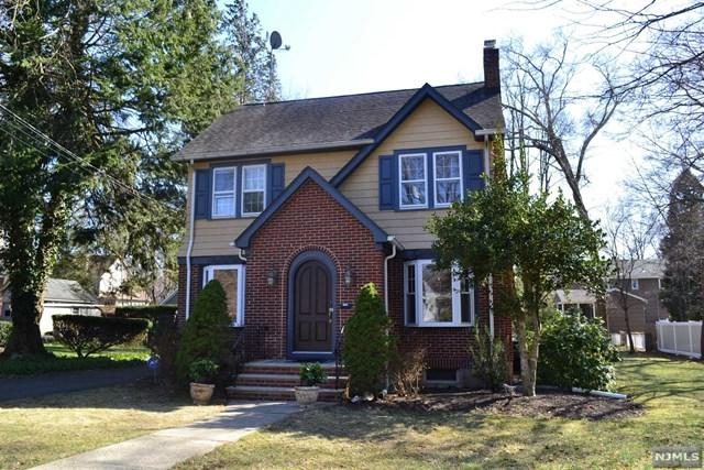 22 Midwood Avenue, Allendale, NJ 07401 (#1915272) :: Berkshire Hathaway HomeServices Abbott Realtors