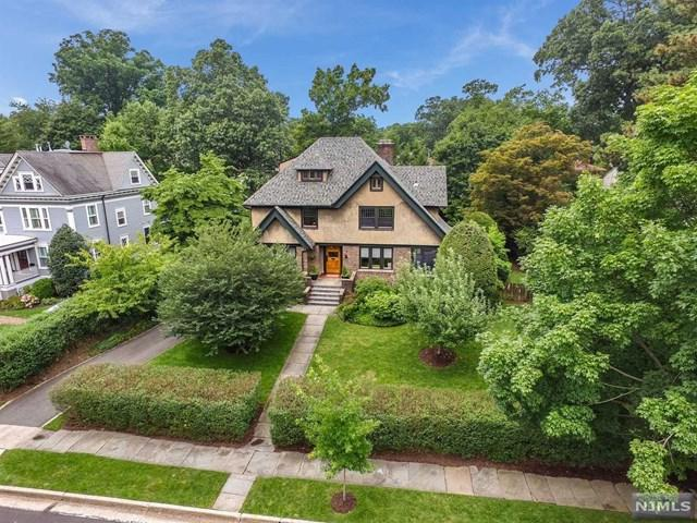 34 Douglas Road, Glen Ridge, NJ 07028 (#1915372) :: Berkshire Hathaway HomeServices Abbott Realtors