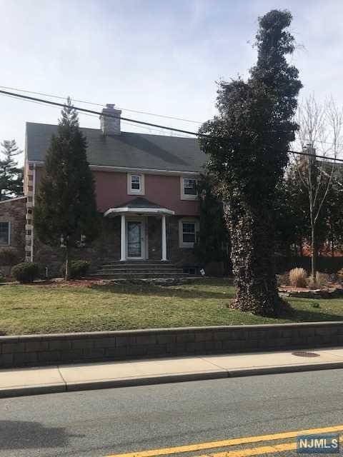 560 Teaneck Road, Ridgefield Park, NJ 07660 (#1915381) :: Berkshire Hathaway HomeServices Abbott Realtors