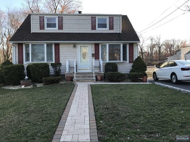 52 Knollwood Road, Totowa, NJ 07512 (#1915395) :: Berkshire Hathaway HomeServices Abbott Realtors