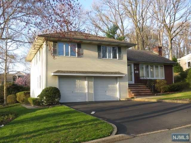 16 Revere Avenue, Emerson, NJ 07630 (#1915801) :: Berkshire Hathaway HomeServices Abbott Realtors
