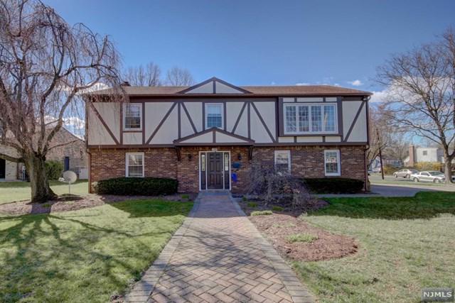 395 Mercer Avenue, River Edge, NJ 07661 (#1915863) :: Berkshire Hathaway HomeServices Abbott Realtors