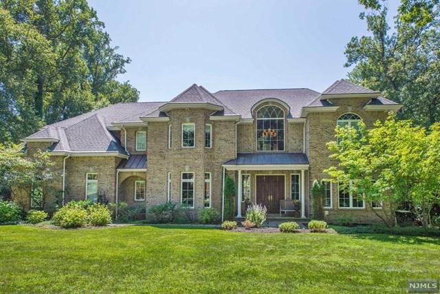 26 Rising Ridge Road, Upper Saddle River, NJ 07458 (#1915904) :: Berkshire Hathaway HomeServices Abbott Realtors