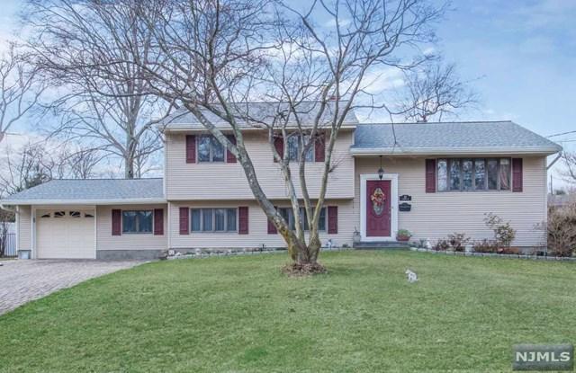 82 Cardinal Drive, Oakland, NJ 07436 (#1915929) :: Berkshire Hathaway HomeServices Abbott Realtors