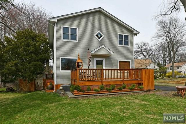 271 Voorhis Avenue, New Milford, NJ 07646 (#1915962) :: Berkshire Hathaway HomeServices Abbott Realtors