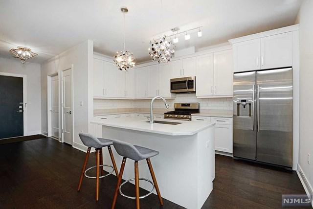 801 Palisade Avenue #201, Union City, NJ 07087 (#1915993) :: Berkshire Hathaway HomeServices Abbott Realtors