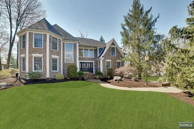 8 Quail Ridge Road, Montvale, NJ 07645 (#1916108) :: Berkshire Hathaway HomeServices Abbott Realtors