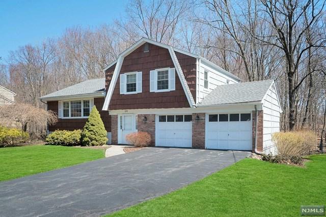 278 Raymond Street, Hillsdale, NJ 07642 (#1916116) :: Berkshire Hathaway HomeServices Abbott Realtors