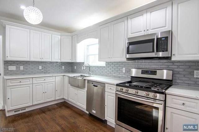 181 Greylock Parkway, Belleville, NJ 07109 (#1916194) :: Berkshire Hathaway HomeServices Abbott Realtors
