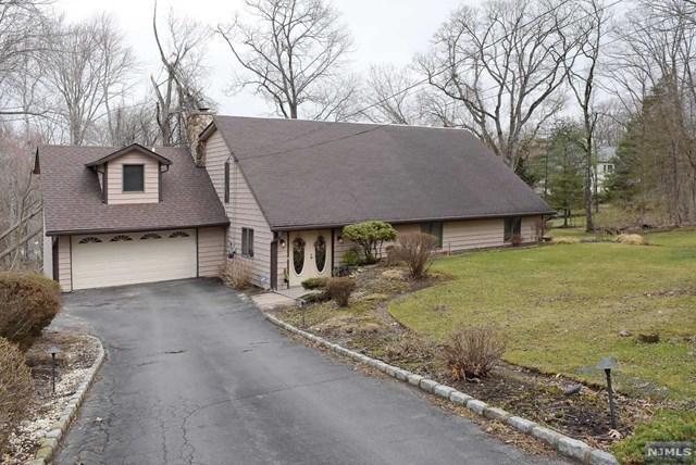 52 Hillcrest Avenue, Montville Township, NJ 07045 (#1916243) :: Berkshire Hathaway HomeServices Abbott Realtors