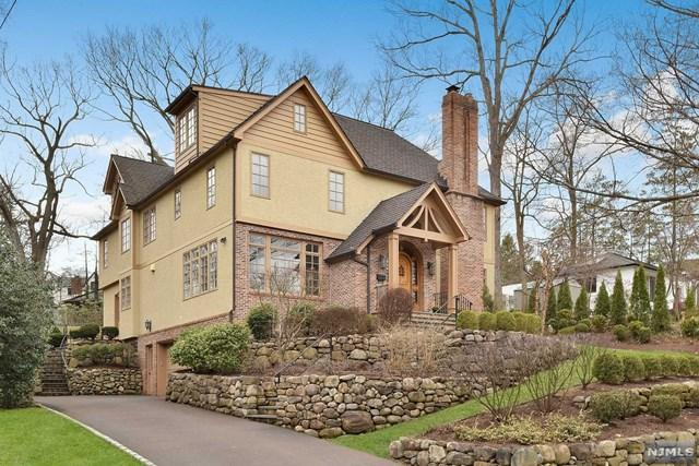 886 Hillcrest Road, Ridgewood, NJ 07450 (#1916253) :: Berkshire Hathaway HomeServices Abbott Realtors