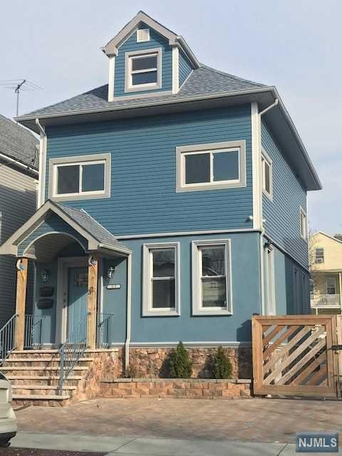 32 Augusta Street, Irvington, NJ 07111 (#1916274) :: Berkshire Hathaway HomeServices Abbott Realtors