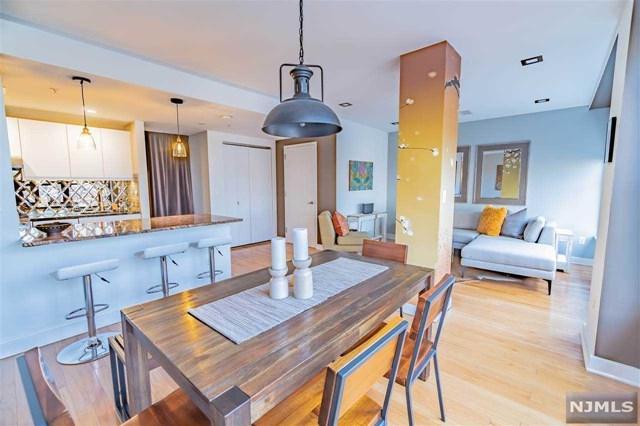 222 Montgomery Street 5K, Jersey City, NJ 07302 (#1916355) :: Berkshire Hathaway HomeServices Abbott Realtors