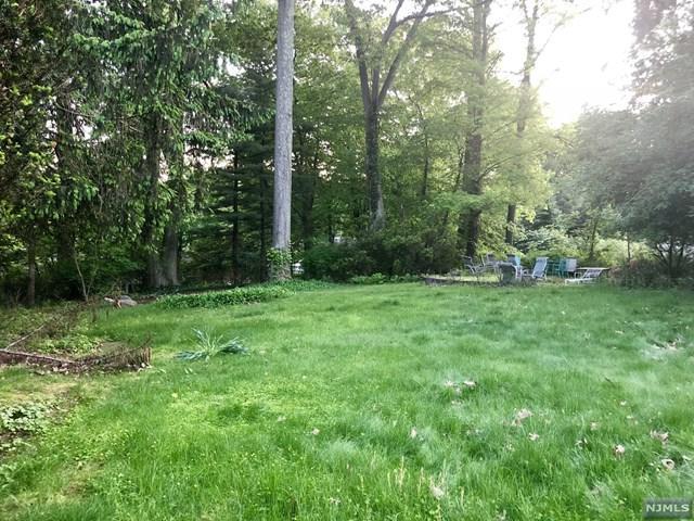219 Werimus Road, Woodcliff Lake, NJ 07677 (#1916490) :: Berkshire Hathaway HomeServices Abbott Realtors