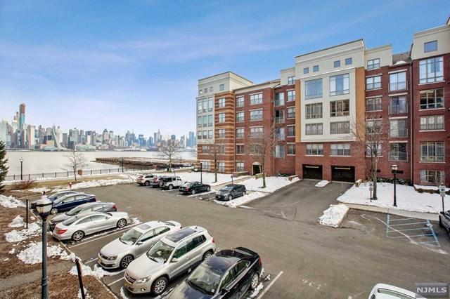 22 Ave At Port Imperial #112, West New York, NJ 07093 (#1916523) :: Berkshire Hathaway HomeServices Abbott Realtors