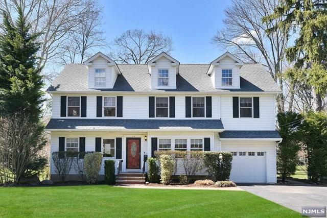 310 Vesta Court, Ridgewood, NJ 07450 (#1916589) :: Berkshire Hathaway HomeServices Abbott Realtors