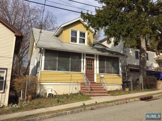 20 Cedarhurst Avenue, Woodland Park, NJ 07424 (#1916655) :: Berkshire Hathaway HomeServices Abbott Realtors