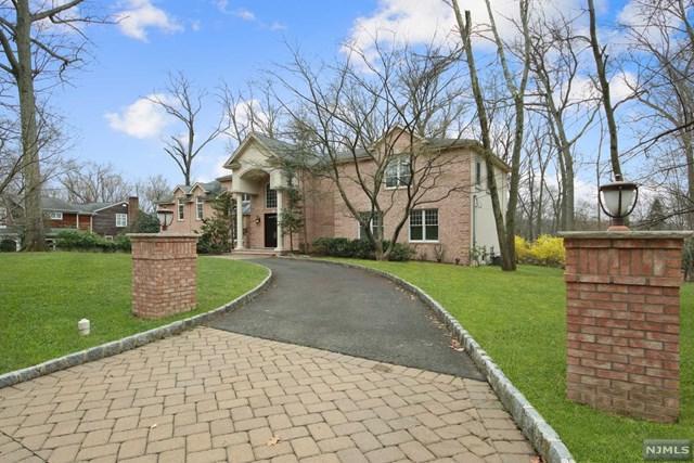 111 Winding Way, Woodcliff Lake, NJ 07677 (#1916714) :: Berkshire Hathaway HomeServices Abbott Realtors