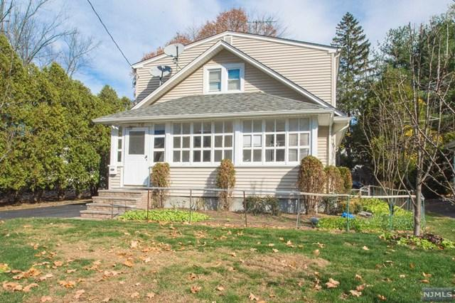 10 Ward Avenue, Wyckoff, NJ 07481 (#1916816) :: Group BK