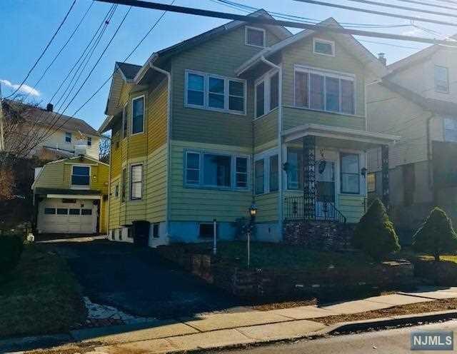 29 Kingsland Street, Nutley, NJ 07110 (#1916981) :: Berkshire Hathaway HomeServices Abbott Realtors