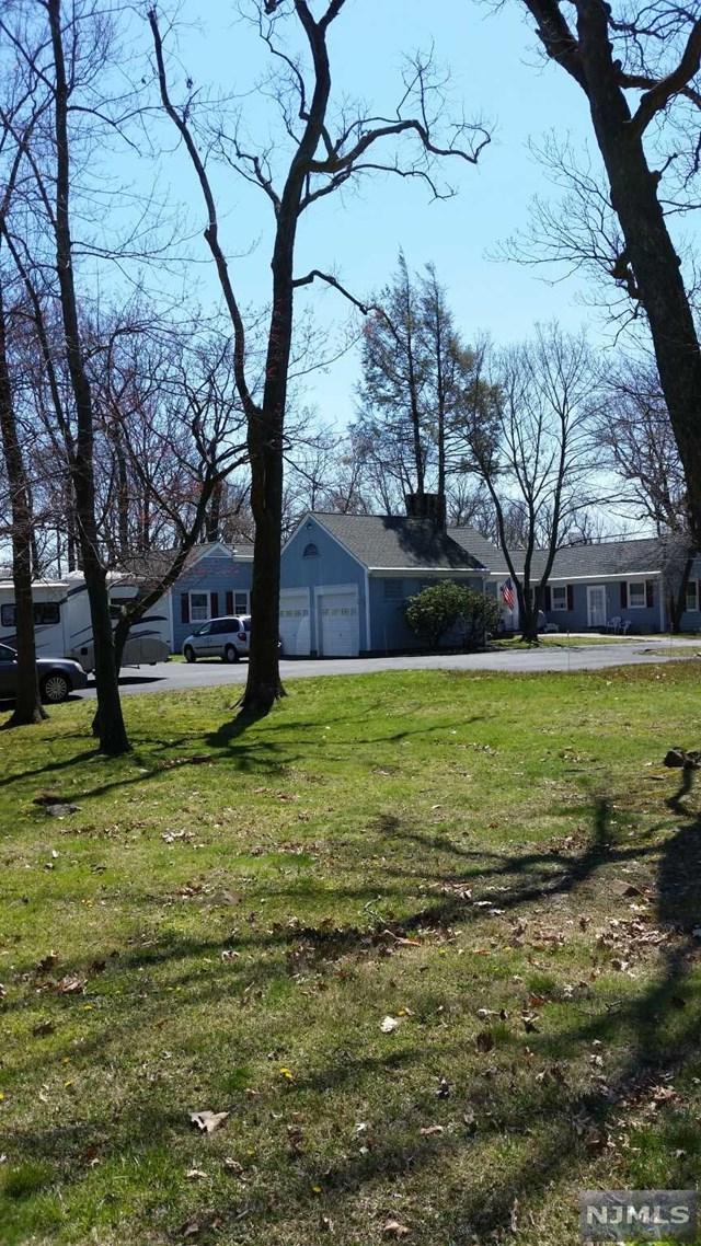 42 Eagle Ridge Way, West Orange, NJ 07052 (#1916989) :: Berkshire Hathaway HomeServices Abbott Realtors