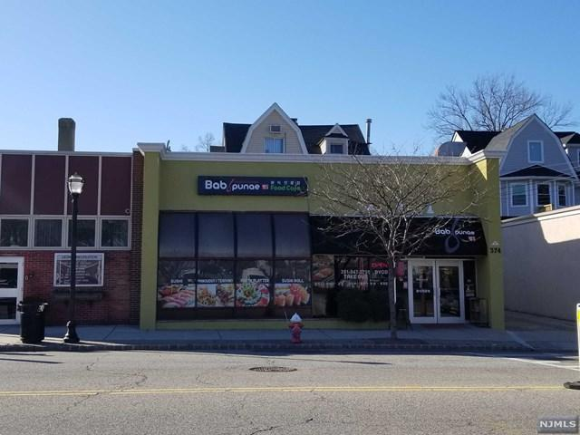 374 Broad Avenue, Leonia, NJ 07605 (#1917000) :: Berkshire Hathaway HomeServices Abbott Realtors