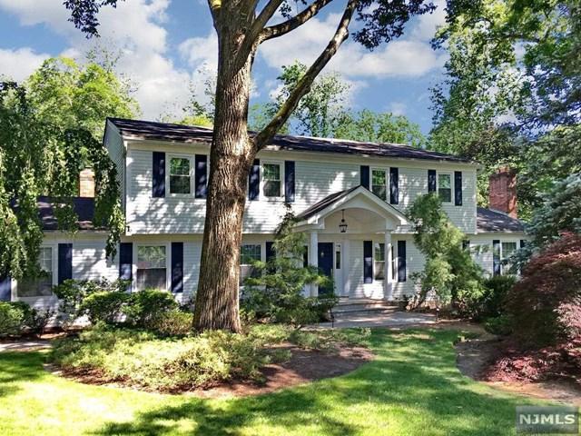36 Kenwood Drive, Woodcliff Lake, NJ 07677 (#1917007) :: Berkshire Hathaway HomeServices Abbott Realtors