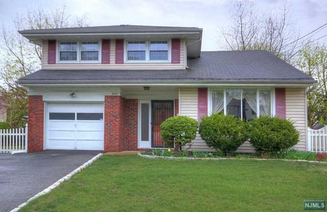 681 Stockton Street, New Milford, NJ 07646 (#1917083) :: Berkshire Hathaway HomeServices Abbott Realtors