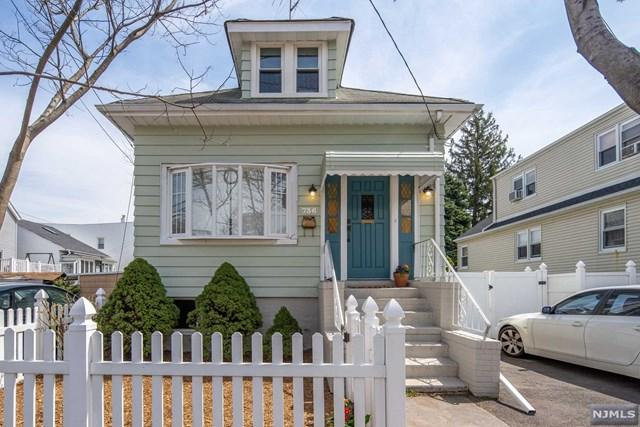 736 Golden Avenue, Secaucus, NJ 07094 (#1917120) :: Berkshire Hathaway HomeServices Abbott Realtors