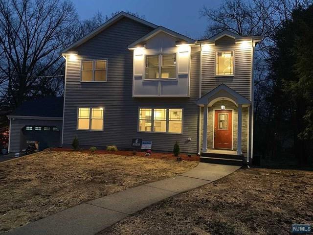 21 Richard Court, River Edge, NJ 07661 (#1917238) :: Berkshire Hathaway HomeServices Abbott Realtors
