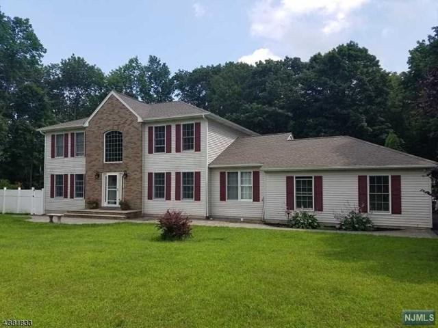 106 Henderson Road, West Milford, NJ 07460 (#1917297) :: Berkshire Hathaway HomeServices Abbott Realtors