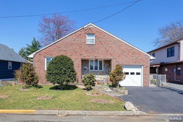 263 New Street, Lyndhurst, NJ 07071 (#1917329) :: Berkshire Hathaway HomeServices Abbott Realtors