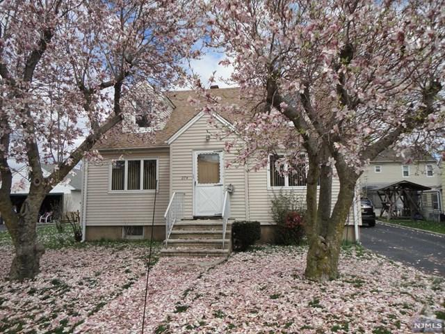 274 2nd Street, Saddle Brook, NJ 07663 (#1917353) :: Berkshire Hathaway HomeServices Abbott Realtors