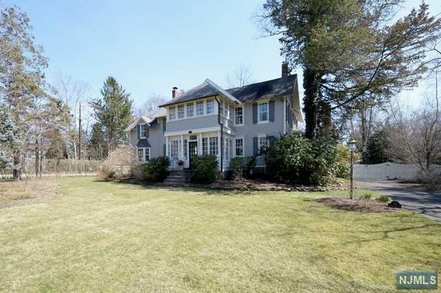 110 Sheridan Avenue, Ho-Ho-Kus, NJ 07423 (#1917425) :: Berkshire Hathaway HomeServices Abbott Realtors