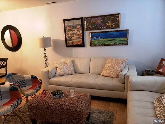 354 Village Court, Fort Lee, NJ 07024 (#1917430) :: Berkshire Hathaway HomeServices Abbott Realtors