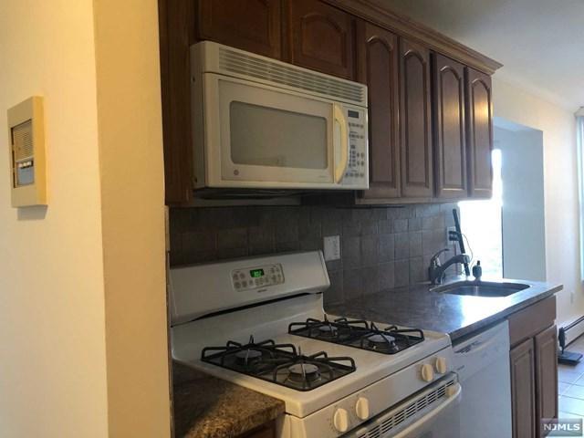 1 River Road 17B, Belleville, NJ 07109 (#1917461) :: Berkshire Hathaway HomeServices Abbott Realtors