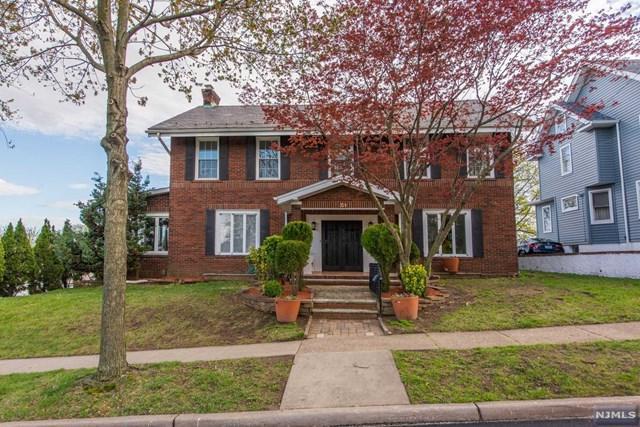 51 Lincoln Avenue, Clifton, NJ 07011 (#1917479) :: Berkshire Hathaway HomeServices Abbott Realtors