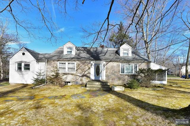 349 Lake Street, Upper Saddle River, NJ 07458 (#1917488) :: Berkshire Hathaway HomeServices Abbott Realtors